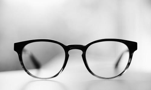 元眼鏡屋が語るメガネの裏話1